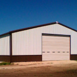 Steel shop building with wainscot