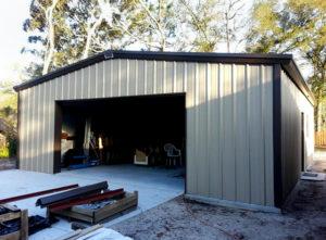 Photo of a garage-sized RHINO steel storage building.