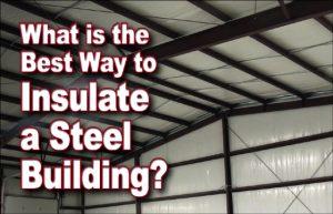 foto do interior de um edifício de aço pré-elaborado isolado com barreiras de vapor brancas